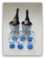 ミニチュアワインとワイングラス
