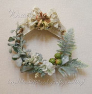 Christmas_wreath_m