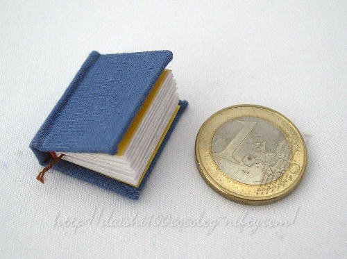 Miniature_book_magdatrott_02